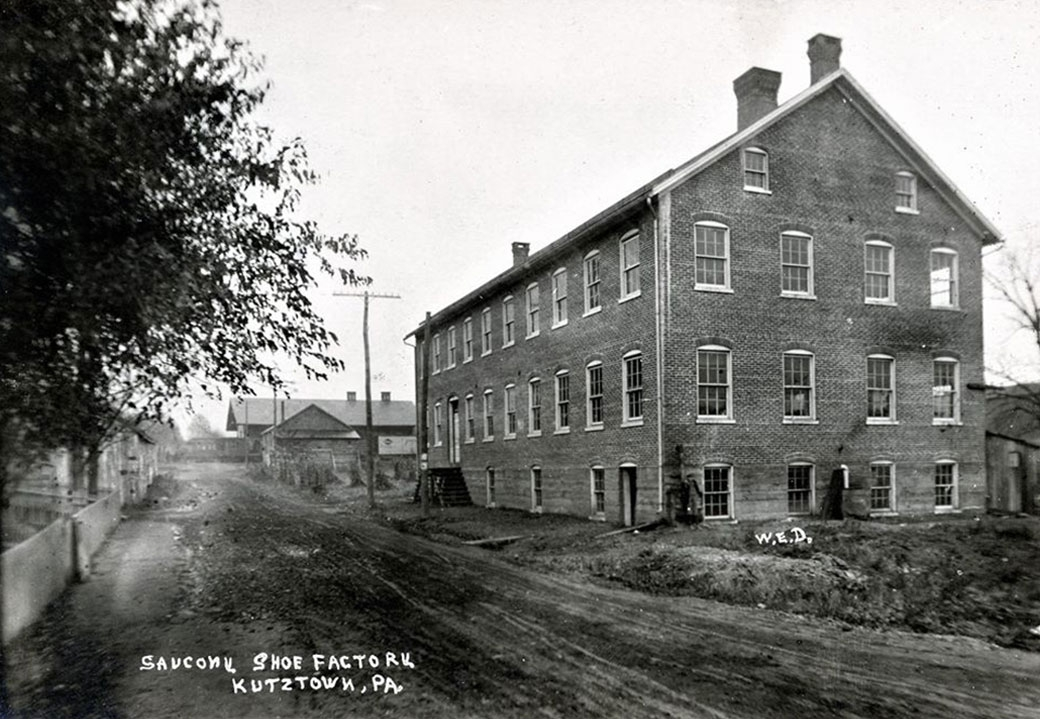 saucony factory